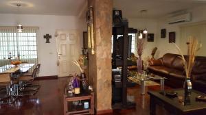 Casa En Venta En Caracas - Colinas de Caicaguana Código FLEX: 17-6574 No.8