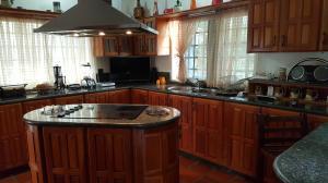 Casa En Venta En Caracas - Colinas de Caicaguana Código FLEX: 17-6574 No.15