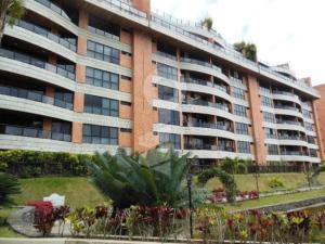 Apartamento En Venta En Caracas, La Lagunita Country Club, Venezuela, VE RAH: 17-6545