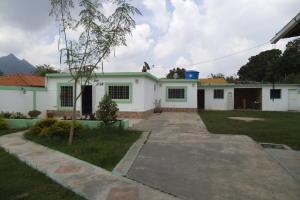 Casa En Venta En Municipio San Diego, Pueblo De San Diego, Venezuela, VE RAH: 17-6566
