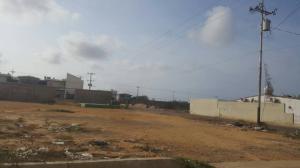 Terreno En Venta En Punto Fijo, Puerta Maraven, Venezuela, VE RAH: 17-6585