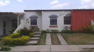 Casa En Venta En Cabudare, Los Cerezos, Venezuela, VE RAH: 17-6594