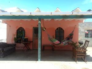 Casa En Venta En Chichiriviche, Playa Sur, Venezuela, VE RAH: 17-6599
