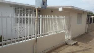 Casa En Venta En Maracaibo, San Jacinto, Venezuela, VE RAH: 17-6600