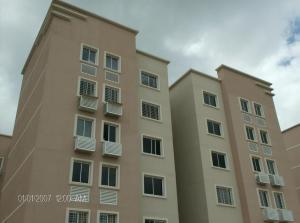 Apartamento En Alquiler En Barquisimeto, Ciudad Roca, Venezuela, VE RAH: 17-6622