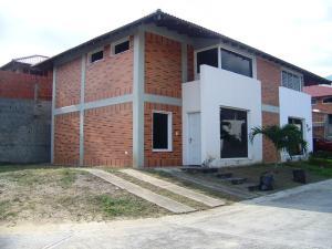 Casa En Venta En Guatire, El Castillejo, Venezuela, VE RAH: 17-6632