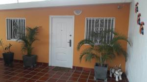 Casa En Venta En Municipio San Francisco, El Soler, Venezuela, VE RAH: 17-6653