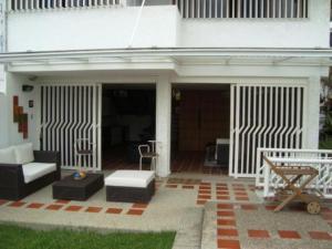 Casa En Alquiler En Caracas, Colinas De Bello Monte, Venezuela, VE RAH: 17-6669