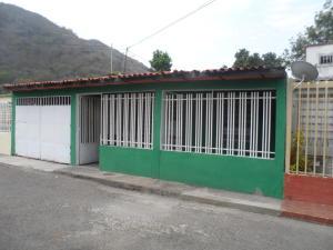 Casa En Venta En Maracay, La Cooperativa, Venezuela, VE RAH: 17-6699