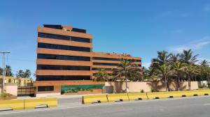 Apartamento En Ventaen Tucacas, Tucacas, Venezuela, VE RAH: 17-6821