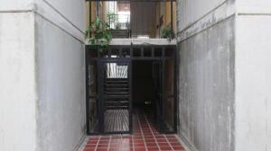 Apartamento En Venta En Municipio Los Guayos, Buenaventura, Venezuela, VE RAH: 17-6710