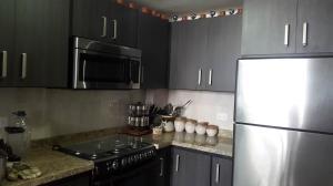 Apartamento En Venta En Maracaibo, Las Lomas, Venezuela, VE RAH: 17-6724