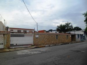 Casa En Venta En Maracay, Mario Briceno Iragorry, Venezuela, VE RAH: 17-6736