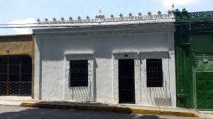 Casa En Venta En Valencia, San Blas, Venezuela, VE RAH: 17-5191