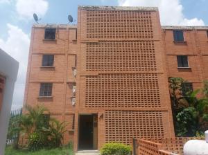 Apartamento En Venta En Municipio San Diego, El Tulipan, Venezuela, VE RAH: 17-6773