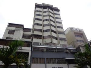 Apartamento En Venta En Caracas, Parroquia La Candelaria, Venezuela, VE RAH: 17-7319