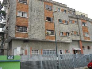 Apartamento En Venta En Caracas, Guaicaipuro, Venezuela, VE RAH: 17-6786