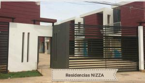 Townhouse En Venta En Municipio San Francisco, El Perú-San Francisco, Venezuela, VE RAH: 17-6785