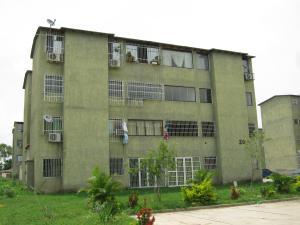Apartamento En Venta En Santa Cruz De Aragua, Laguna De Santa Cruz, Venezuela, VE RAH: 17-6815