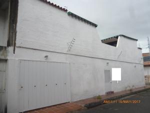 Casa En Venta En Maracay, El Limon, Venezuela, VE RAH: 17-6820