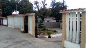 Casa En Venta En Maracaibo, El Varillal, Venezuela, VE RAH: 17-6840