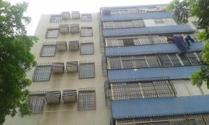 Apartamento En Venta En Maracaibo, Circunvalacion Dos, Venezuela, VE RAH: 17-6847
