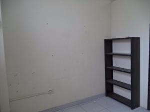 Local Comercial En Alquiler En Valencia, Avenida Bolivar Norte, Venezuela, VE RAH: 17-6870