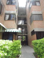 Apartamento En Venta En Guarenas, Ciudad Casarapa, Venezuela, VE RAH: 17-6521