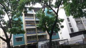 Apartamento En Venta En Caracas, Bello Monte, Venezuela, VE RAH: 17-1546