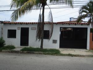 Casa En Ventaen Margarita, Los Robles, Venezuela, VE RAH: 17-6869