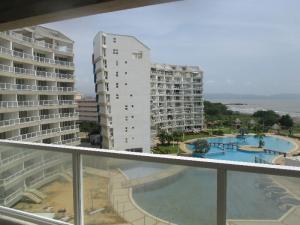 Apartamento En Venta En Higuerote - Agua Sal Código FLEX: 17-6886 No.5