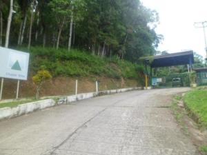 Terreno En Venta En Guarenas, Chalet Ville, Venezuela, VE RAH: 17-6904