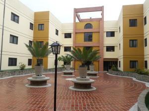 Apartamento En Ventaen San Antonio De Los Altos, Las Salias, Venezuela, VE RAH: 17-6931