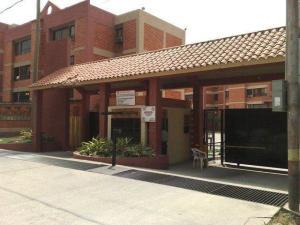 Apartamento En Alquiler En Municipio Naguanagua, Tazajal, Venezuela, VE RAH: 17-6956