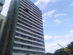 Apartamento En Venta En Valencia, San Jose De Tarbes, Venezuela, VE RAH: 17-6977