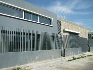 Galpon - Deposito En Alquiler En Cagua En La Carpiera - Código: 17-6985