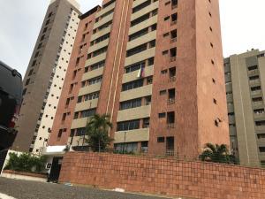 Apartamento En Alquiler En Maracaibo, Colonia Bella Vista, Venezuela, VE RAH: 17-7079