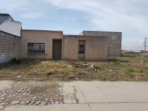 Casa En Venta En Guacara, Ciudad Alianza, Venezuela, VE RAH: 17-6994