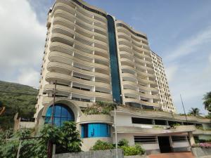 Apartamento En Venta En La Guaira, Macuto, Venezuela, VE RAH: 17-6995