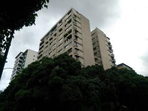 Apartamento En Alquileren Caracas, Los Palos Grandes, Venezuela, VE RAH: 17-7003