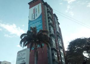 Apartamento En Venta En Maracay, Calicanto, Venezuela, VE RAH: 17-7039