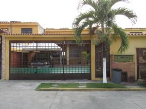 Casa En Venta En Guatire, La Rosa, Venezuela, VE RAH: 17-7022