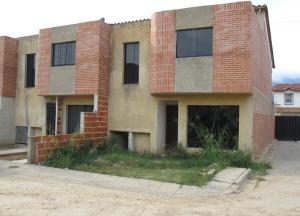 Townhouse En Venta En Municipio Naguanagua, Manantial, Venezuela, VE RAH: 17-7037