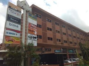 Oficina En Venta En Caracas, La Boyera, Venezuela, VE RAH: 17-7057