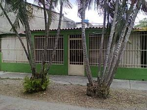 Casa En Venta En Valencia, La Isabelica, Venezuela, VE RAH: 17-7063