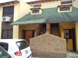 Townhouse En Venta En Municipio Naguanagua, Manantial, Venezuela, VE RAH: 17-7074