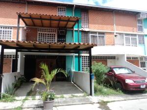 Townhouse En Ventaen Guarenas, Nueva Casarapa, Venezuela, VE RAH: 17-7085
