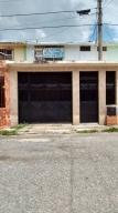 Casa En Venta En Valencia, La Isabelica, Venezuela, VE RAH: 17-6626