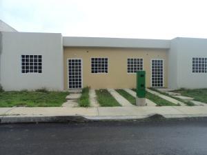 Casa En Venta En Cabudare, Parroquia José Gregorio, Venezuela, VE RAH: 17-7123