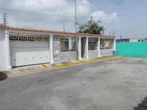 Casa En Venta En Municipio Linares Alcantara, Las Amazonas, Venezuela, VE RAH: 17-7113